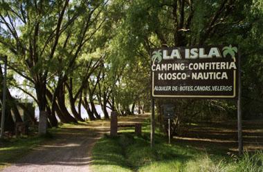 Camping La Isla. Laguna de los Padres