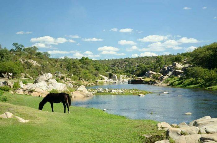Camping 3 piletas t o rico r o quilpo san marcos sierra for Piletas naturales argentina